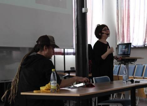 Sh2 med beteendeinriktning hade i torsdags två inspirationsföreläsningar inför sina fältstudier på Möllevången i Malmö. Elisabeth Högdahl berättade om sina studier i området och Erik Hannerz berättade om sin forskning om subkulturer som punk och graffiti. Eleverna kommer i maj publicera sina egna fältstudier.
